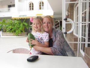 Vanessa en dochter Daantje op Ibiza, Las Mimosas