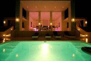 Villa 196 by night